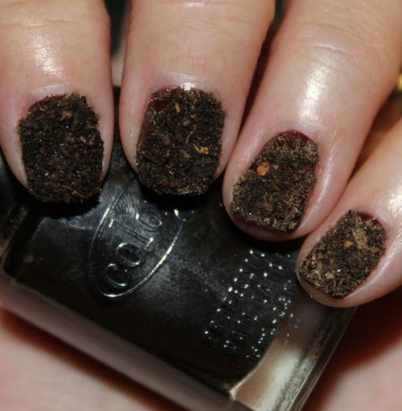 Brown Velvet Design Nail Art