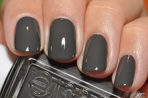 55 Most Beautiful Gray Nail Art Design Ideas