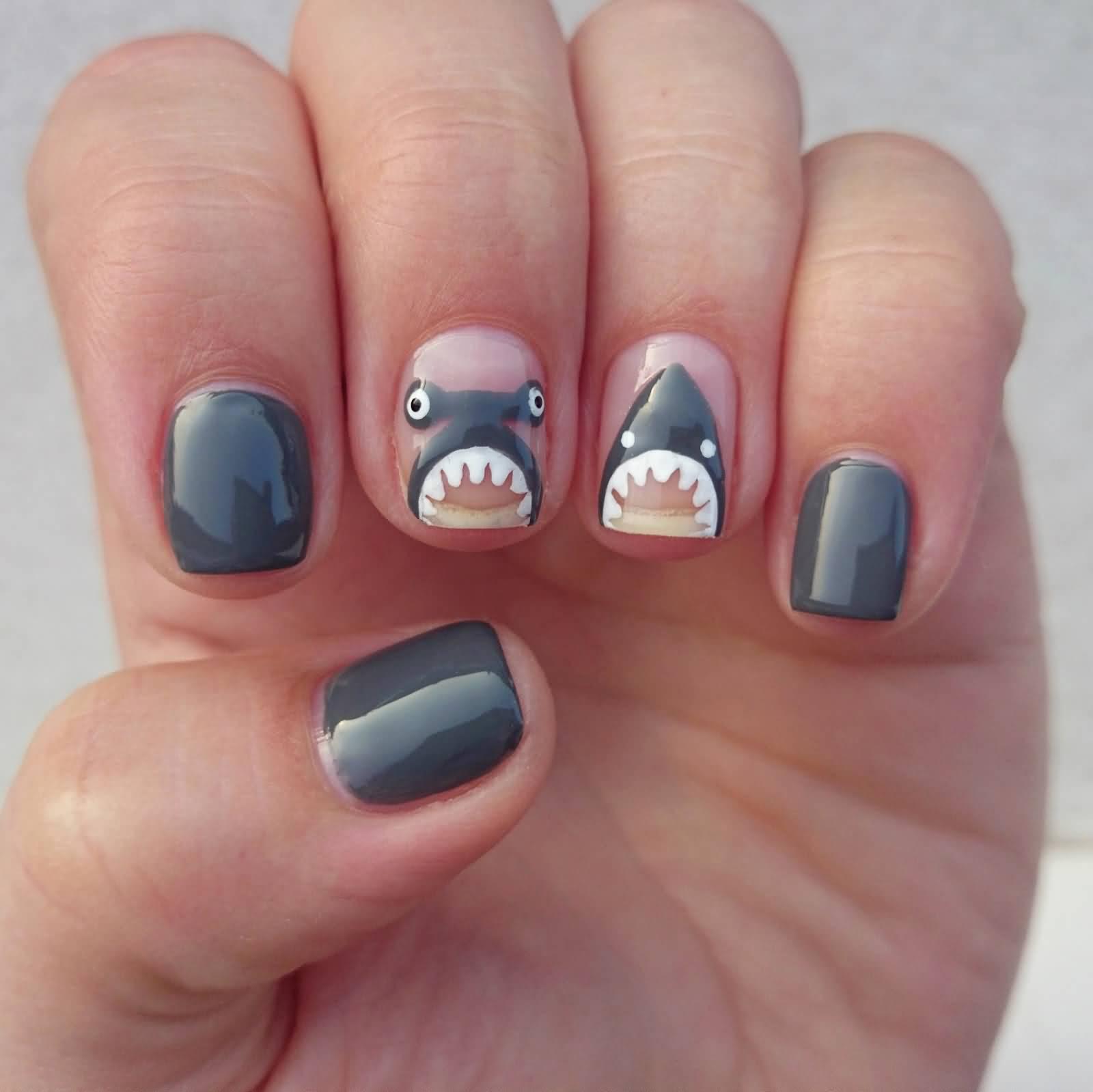 25+ Cool Dark Gray Nail Art Design Ideas