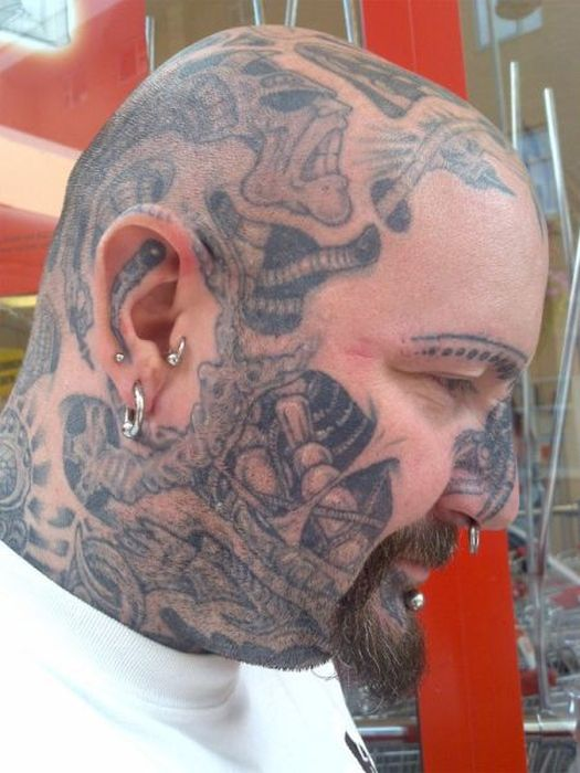 11 extreme tattoos for girls for Full head tattoo