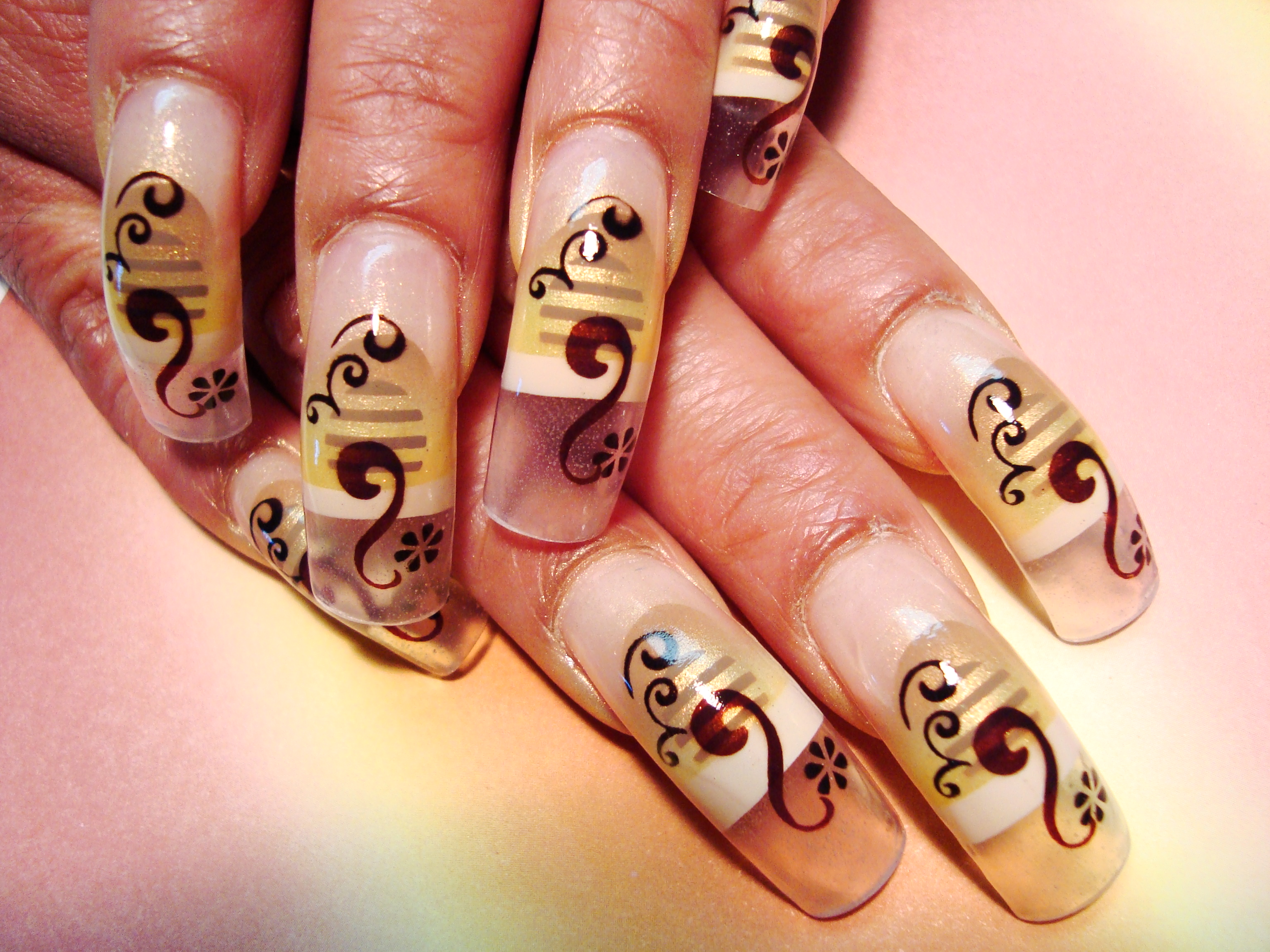 Gold Brown Airbrush Nail Art