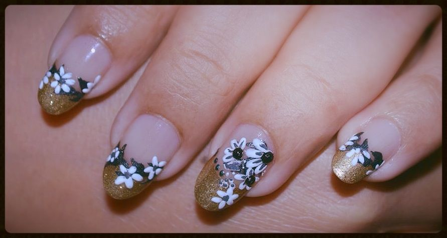 Pictures Of Black White And Gold Nail Art Kidskunst Info