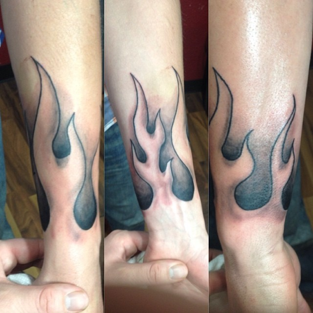58 incredible flame tattoos for Tattoo pictures of flames