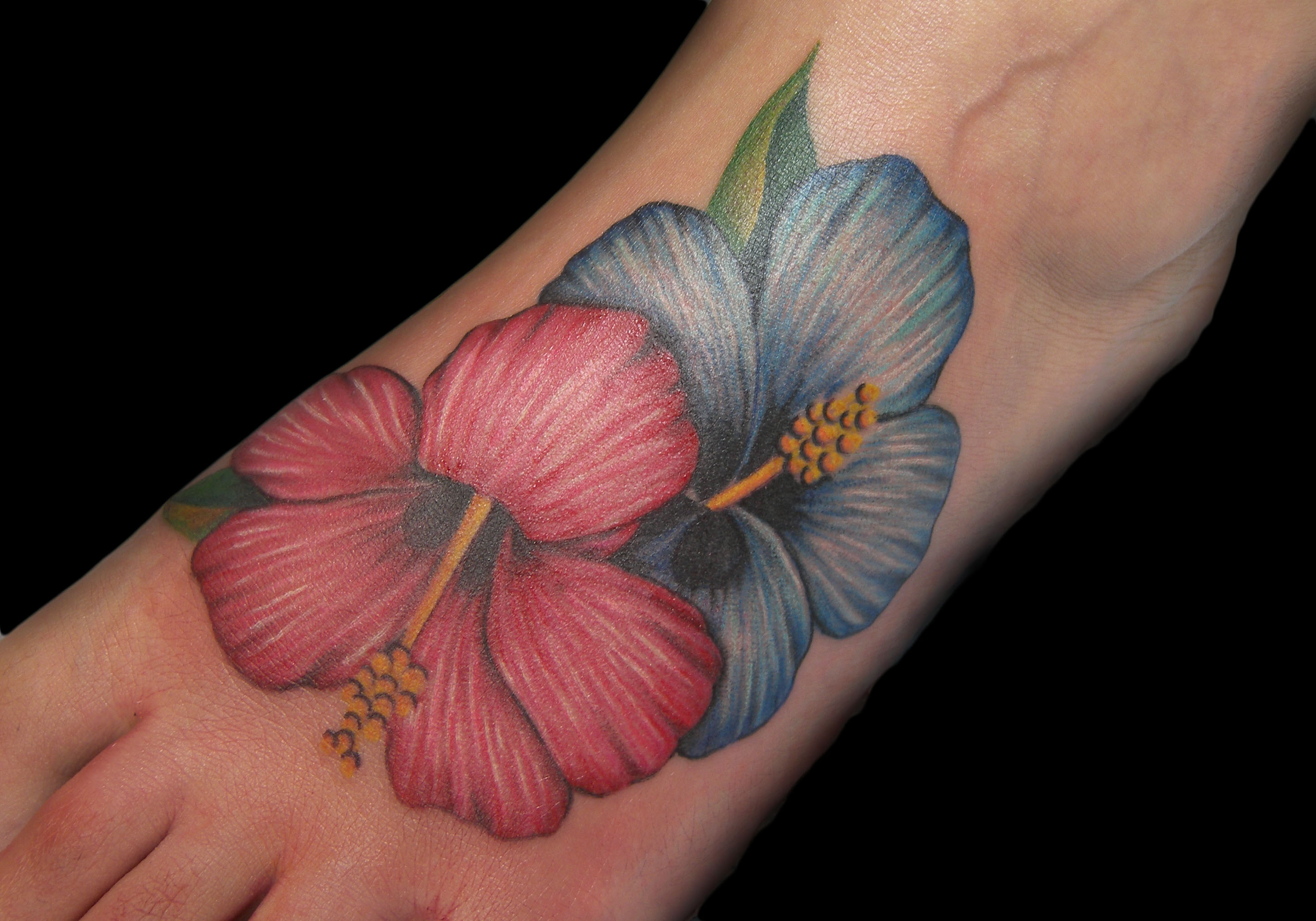 37 hibiscus flowers tattoos on foot realistic hibiscus flowers tattoo on foot izmirmasajfo