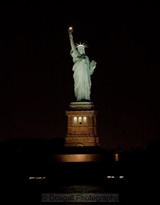 statue of liberty night - photo #25