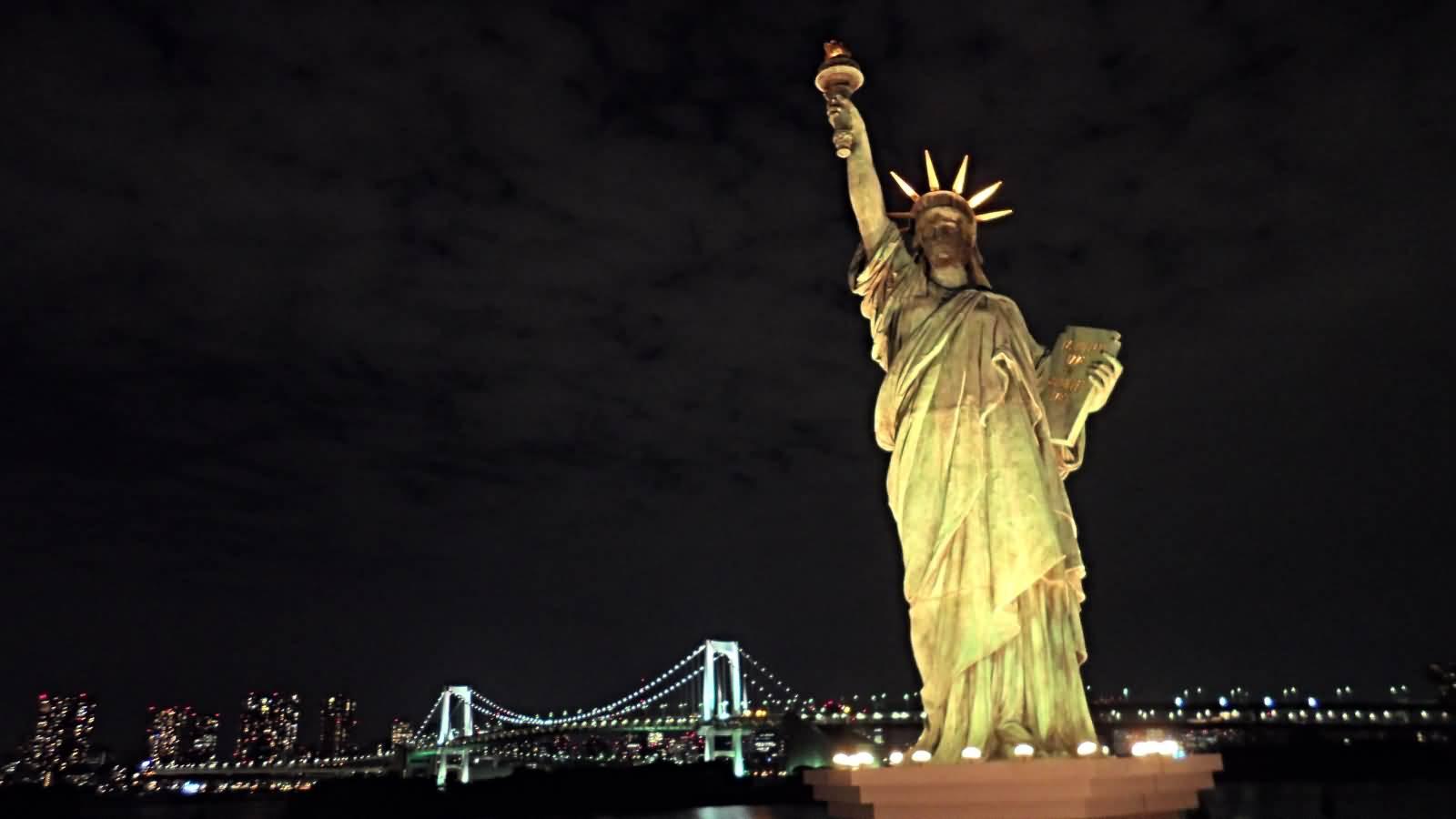 statue of liberty night - photo #36