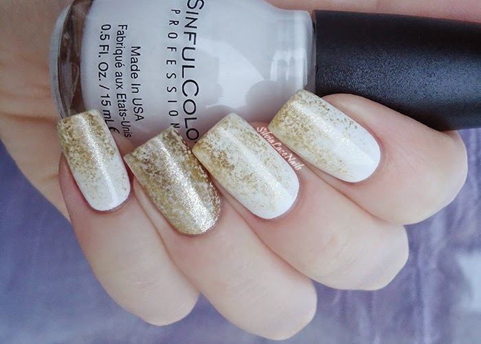 40 classy gold and white nail art design ideas white and gold gradient nail art prinsesfo Choice Image