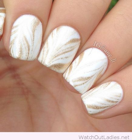 White nails with gold glitter stripes design nail art prinsesfo Choice Image