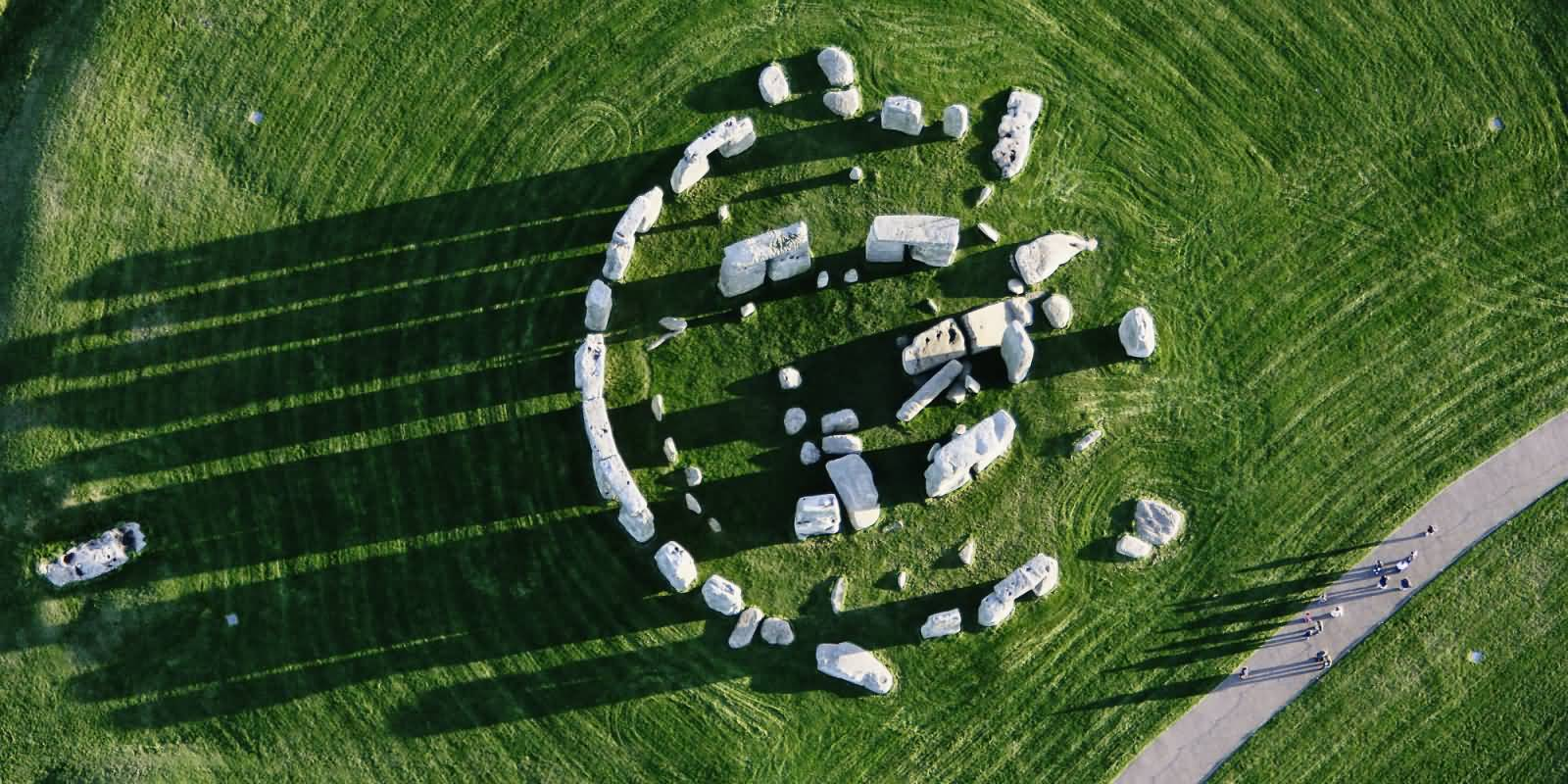 Stonehenge Visitor Facilities: Visitor Centre Building - e ... |Stonehenge Aerial View Complete