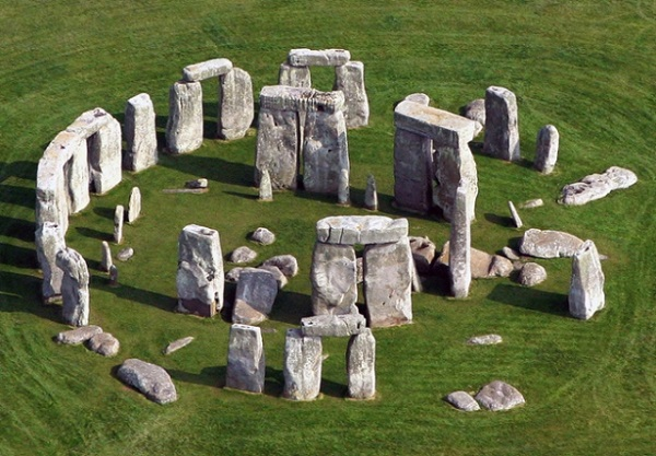 42+ Adorable Pictures And Photos Of Stonehenge Monument In ... |Stonehenge Aerial View Complete