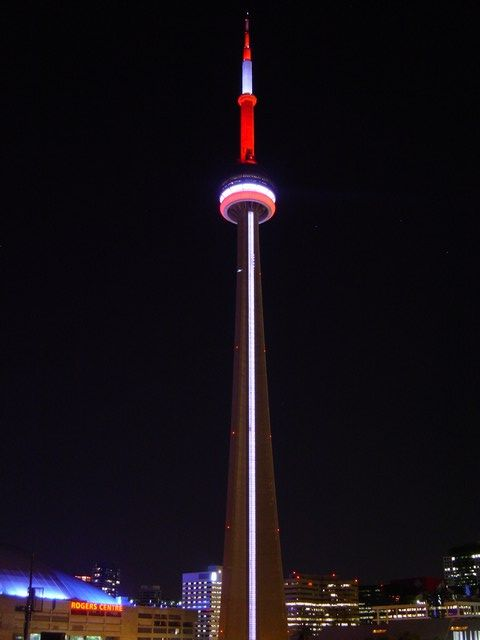 70 Incredible Night View Pictures Of Cn Tower In Canada
