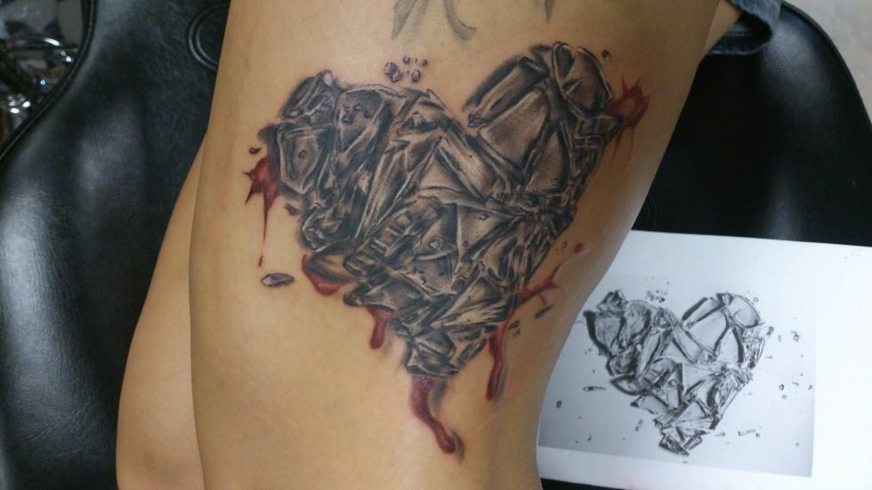 40+ Broken Glass Tattoos