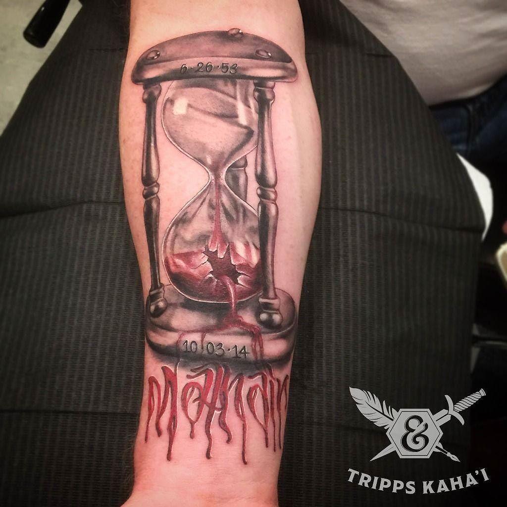 Broken hourglass tattoo  40+ Broken Glass Tattoos
