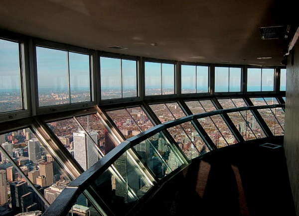 12 inside pictures and photos of cn tower in canada for Pictures inside