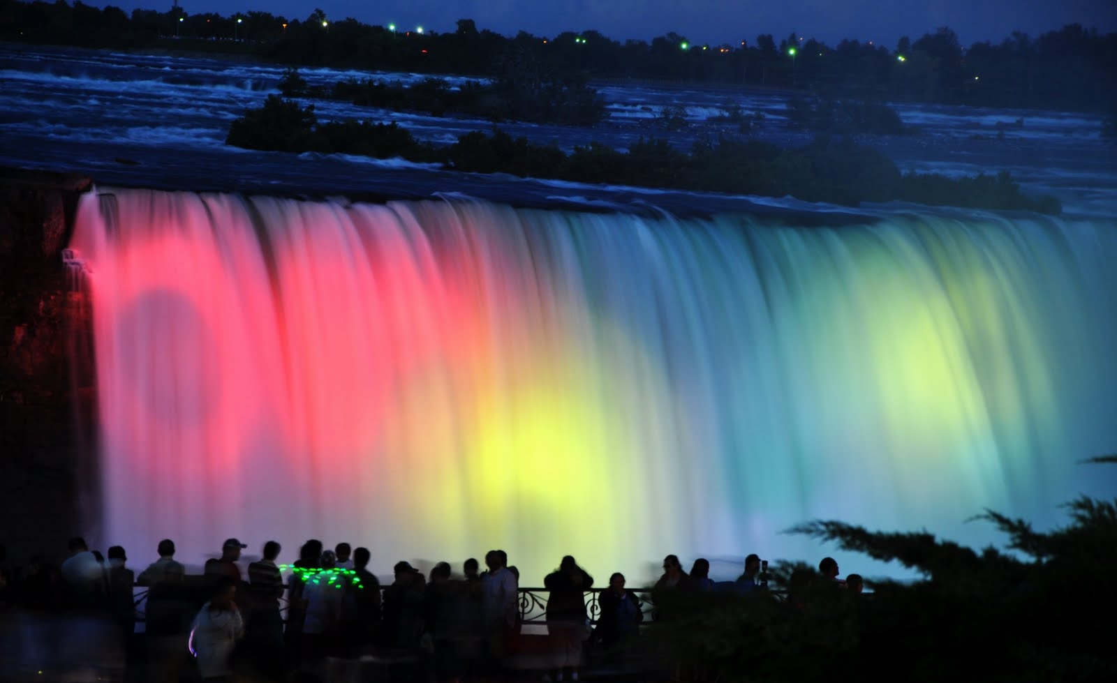 40 Night View Pictures Of Niagara Falls