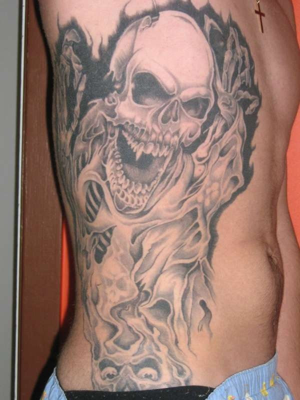 16 rib cage tattoo designs for Tattoos for men on ribs