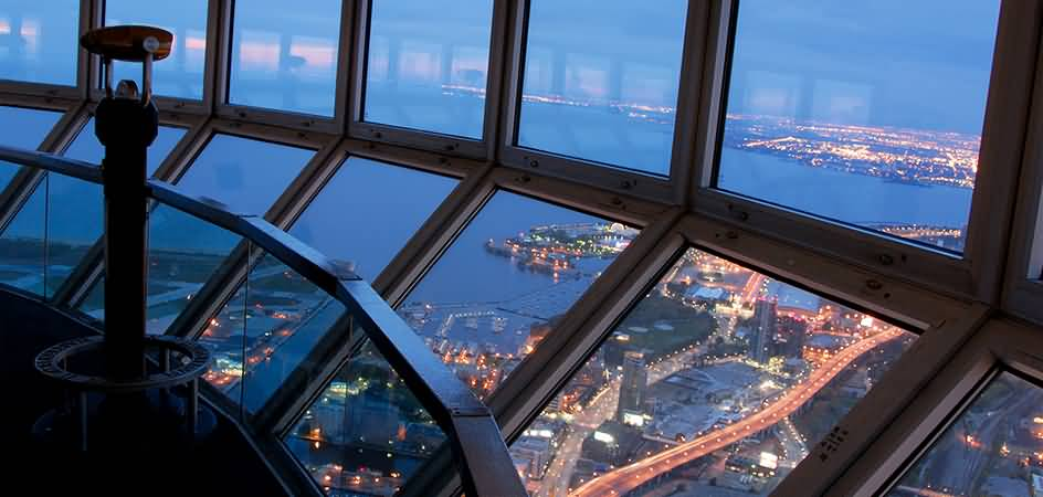 12 Inside Pictures And Photos Of Cn Tower In Canada