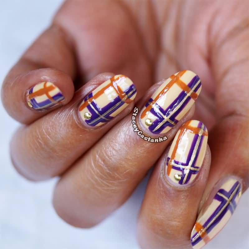 Adorable Plaid Nail Art Design Idea