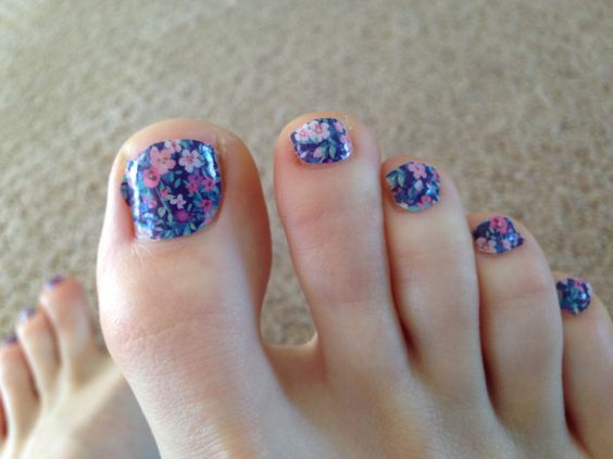 Adorable Spring Toe Nail Art - 40+ Incredible Toe Nail Art For Spring