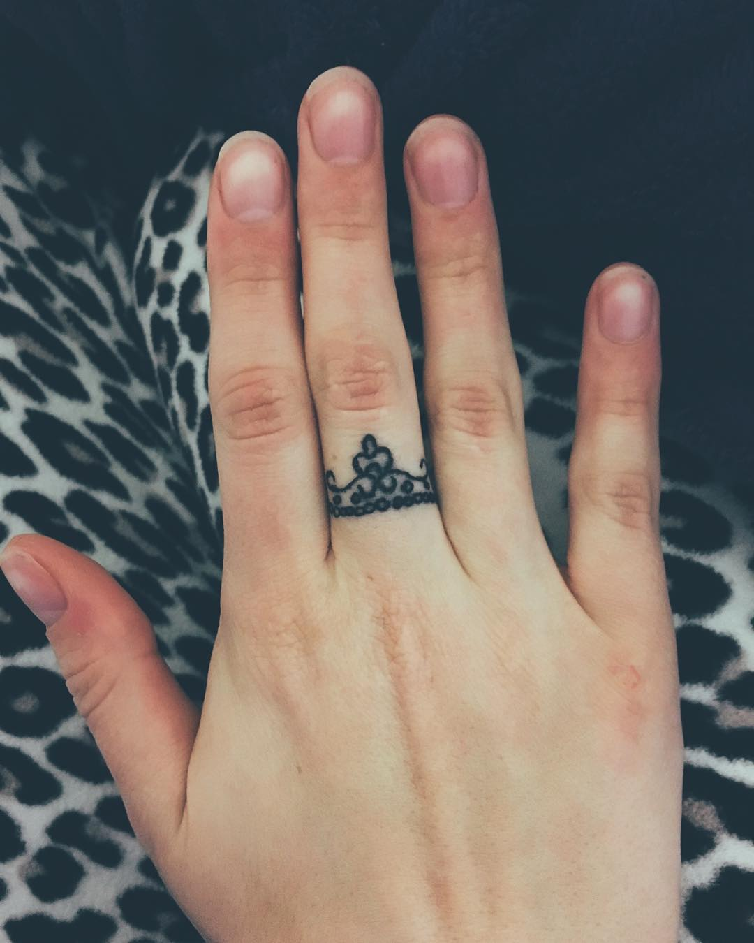 45 crown finger tattoos ideas for Finger tattoo ideas