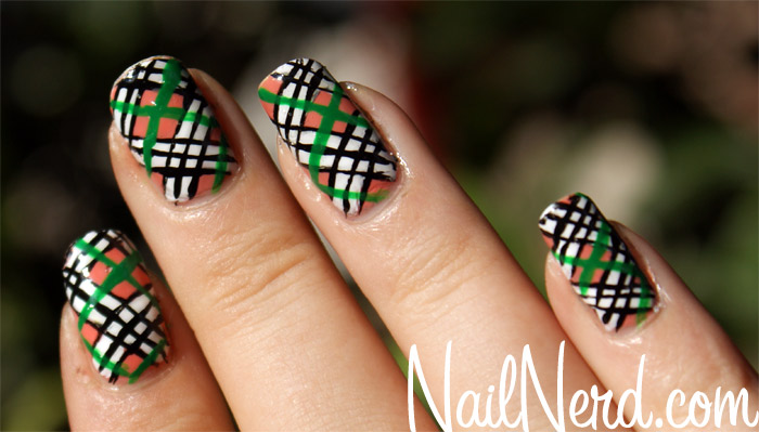 Beautiful Plaid Print Nail Art