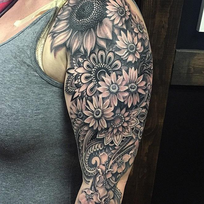 488e0c601e340 Best 3D Mandala Flowers Tattoo On Half Sleeve