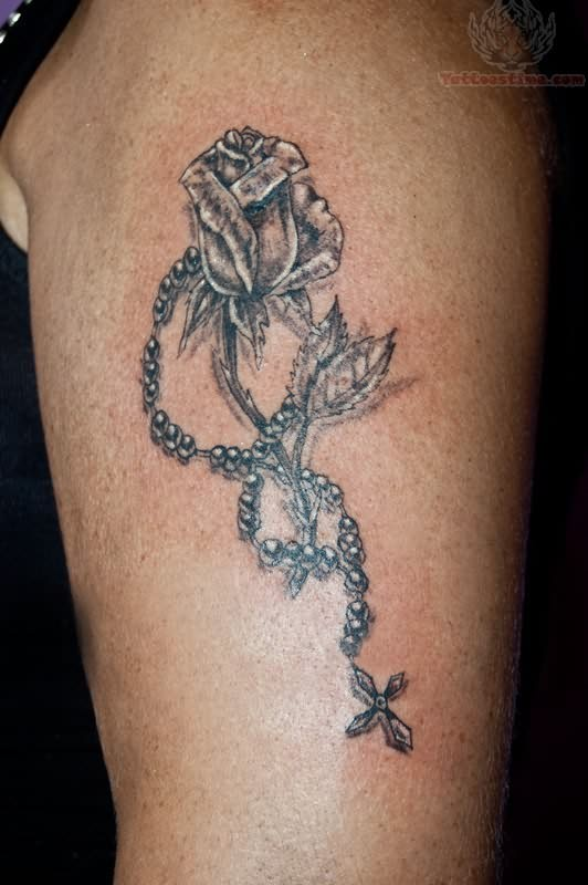 black rose and rosary tattoo on half sleeve. Black Bedroom Furniture Sets. Home Design Ideas