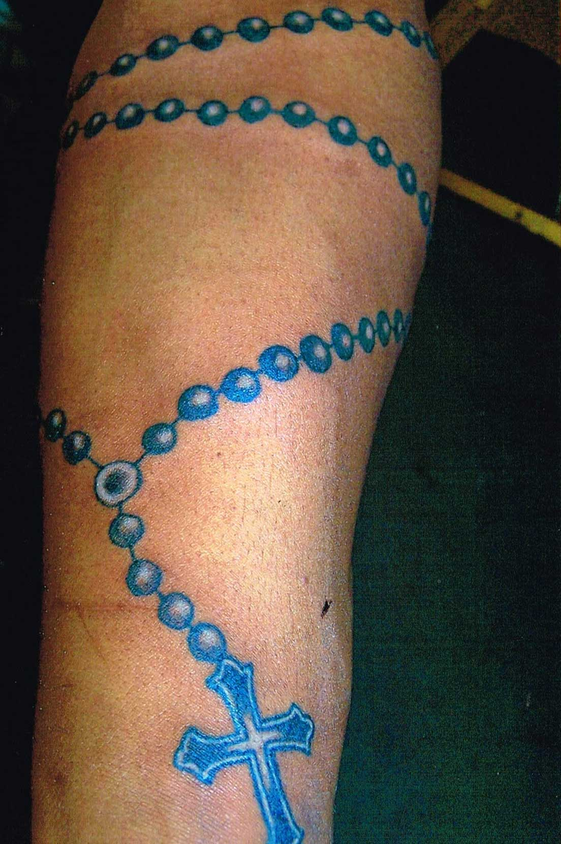 60 awesome rosary tattoos for Rosary cross tattoo