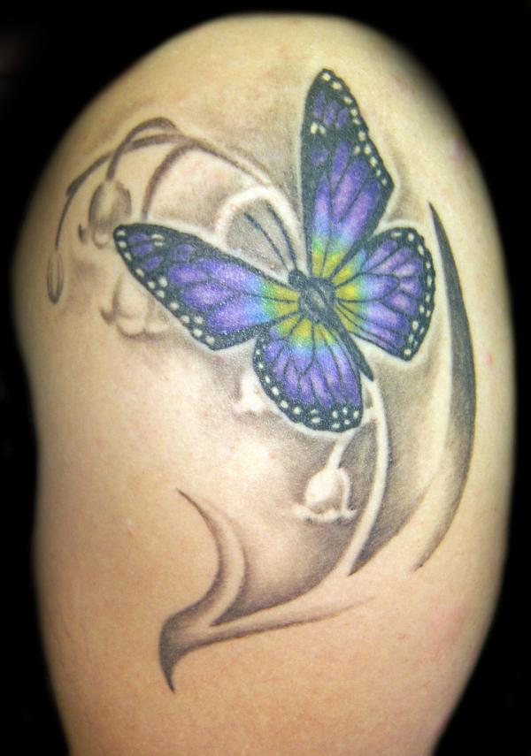 85d489178d580 Butterfly And Realistic Color Flowers Tattoo On Shoulder