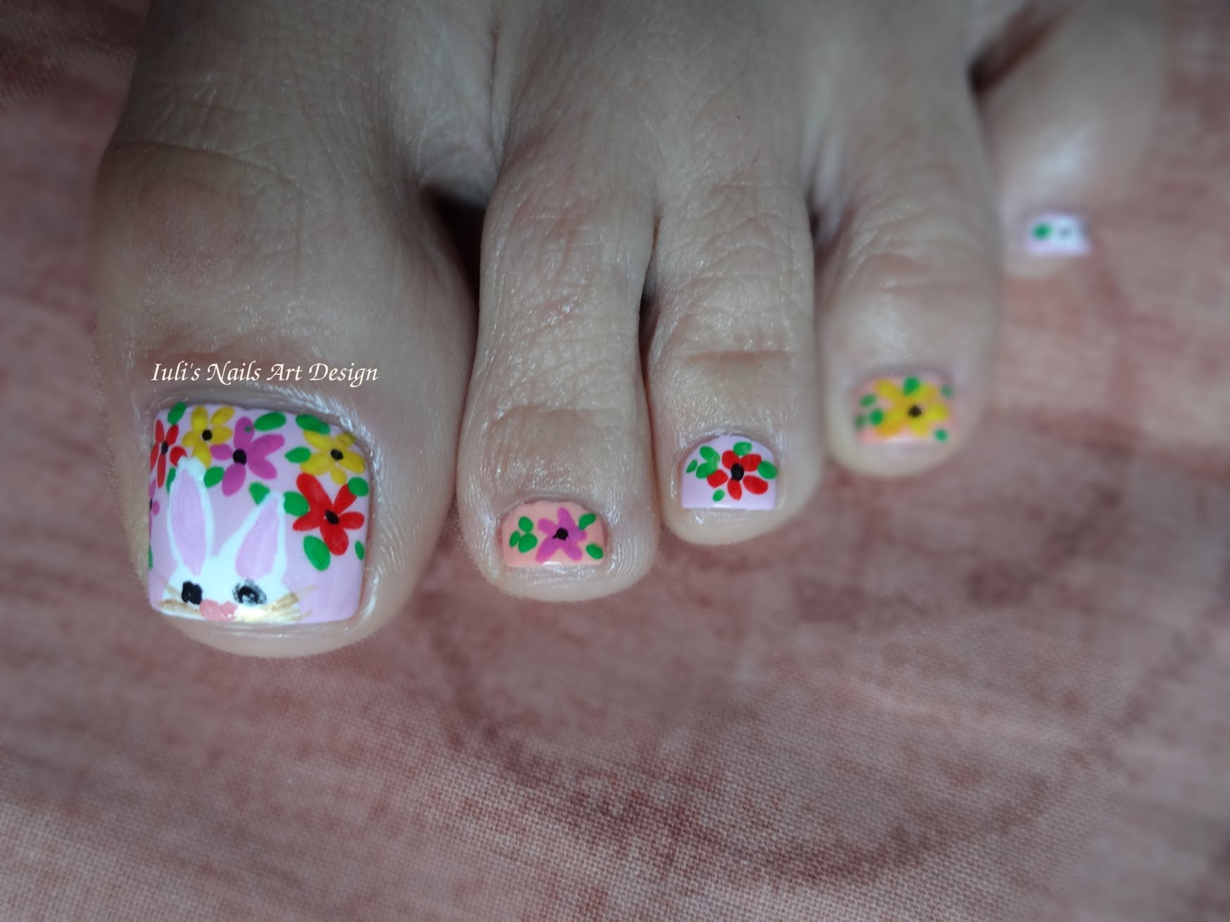 10 adorable easter toe nail art designs easter bunny and flowers toe nail art prinsesfo Gallery