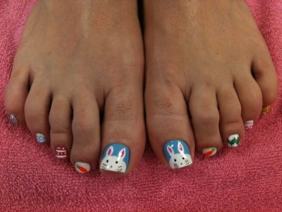 10 adorable easter toe nail art designs easter bunny on toe nails prinsesfo Image collections