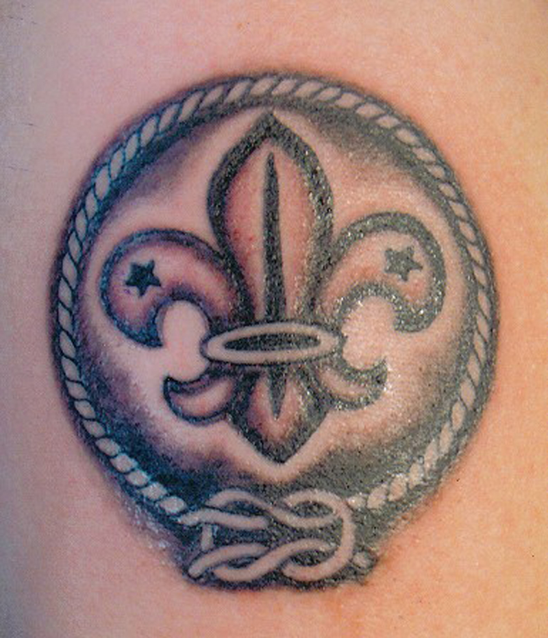 20 small fleur de lis tattoos. Black Bedroom Furniture Sets. Home Design Ideas