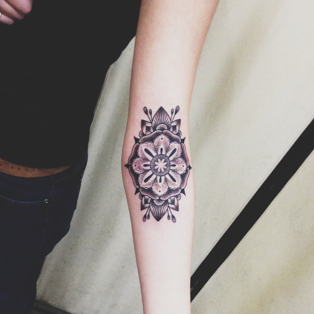 40 mandala tattoos on forearm for Forearm flower tattoos