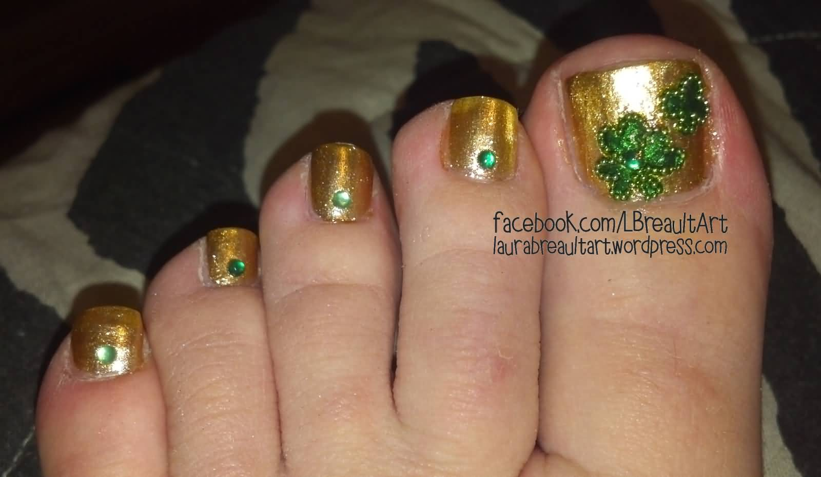 10 Best Saint Patrick\'s Day Nail Art Design Ideas For Toe Nails