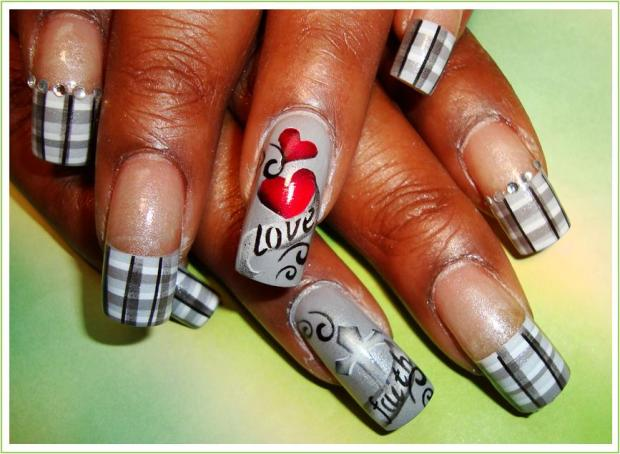 Gray Plaid Nail Art Design