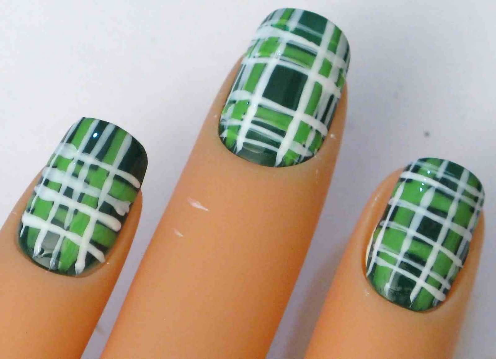 Green And White Plaid Nail Art