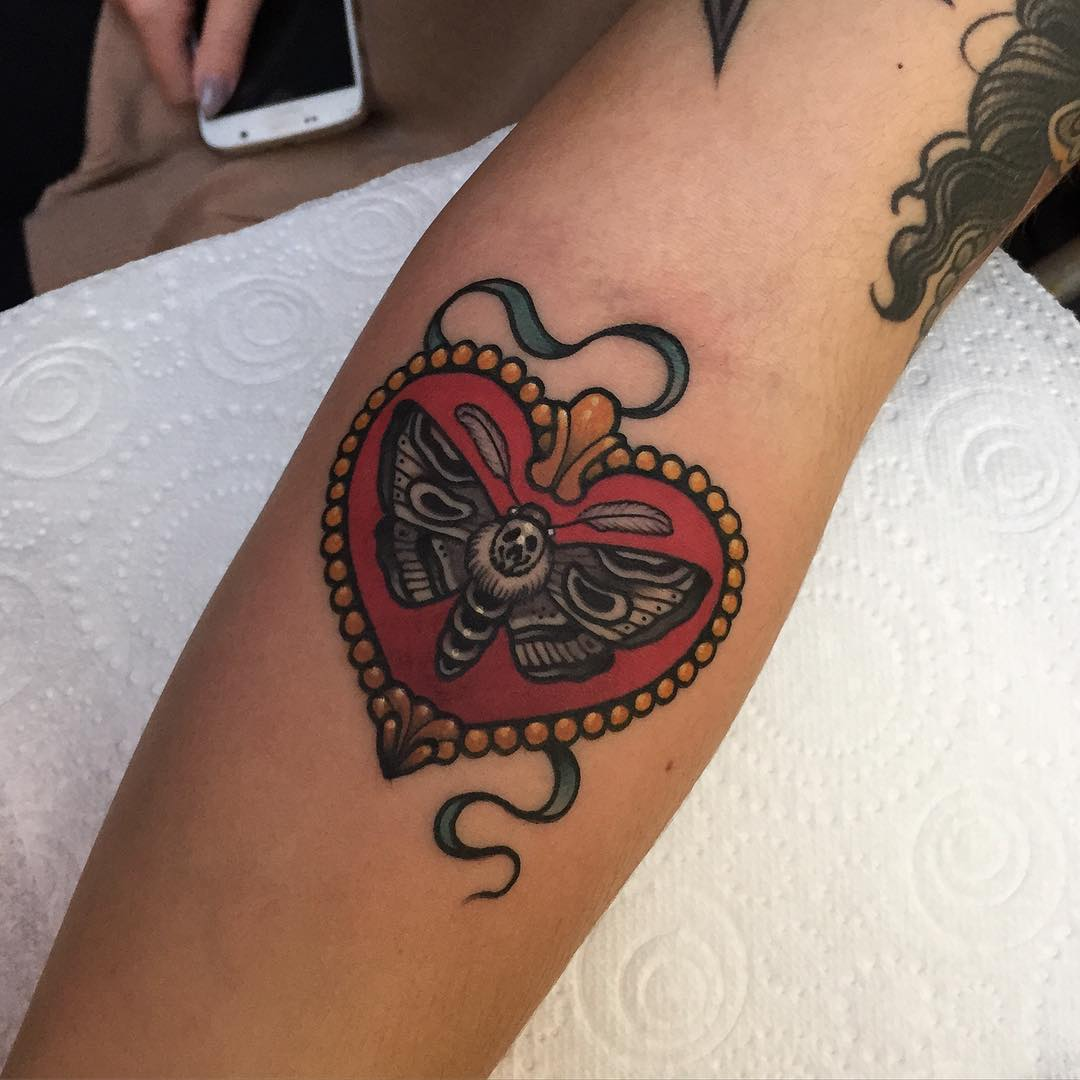 dc0dda5b48738 Heart With Butterfly Old School Tattoo On Forearm