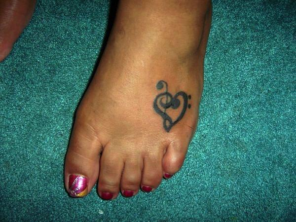 24 Cute Heart Tattoos On Foot
