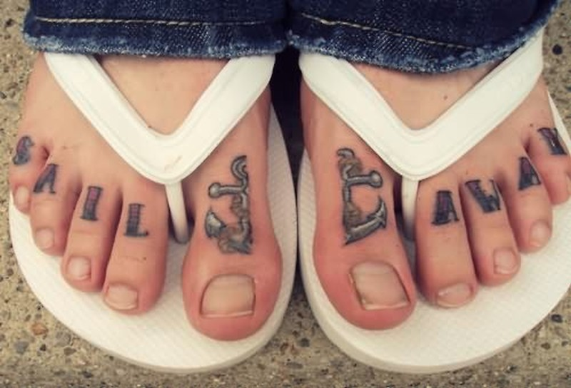 64+ Best Toe Tattoos Collection