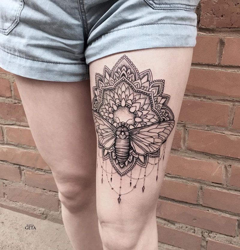 30+ Mandala Tattoos On Thigh For Girls