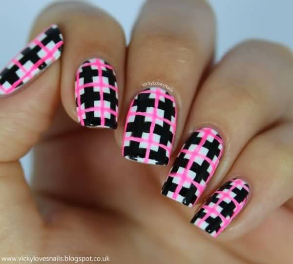 Pink And Black Plaids Design Nail Art