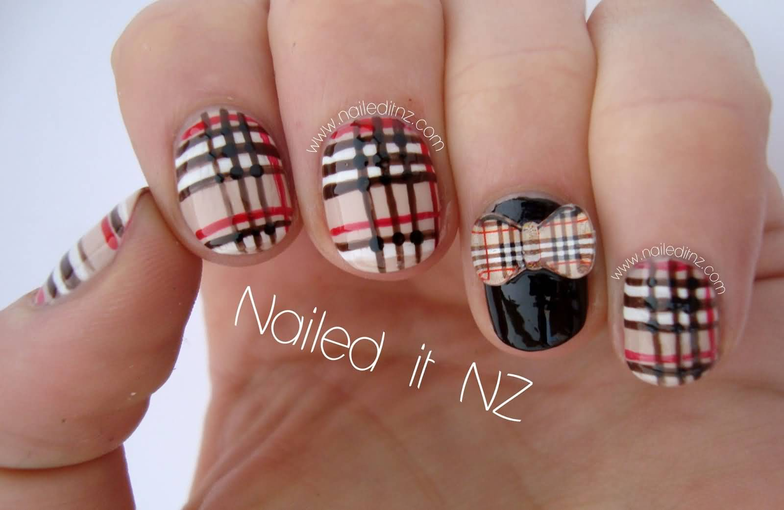 Plaid 3D Bow Nail Art