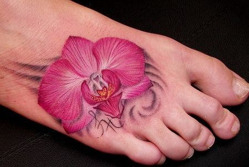 25 amazing flower tattoos on foot for girls. Black Bedroom Furniture Sets. Home Design Ideas