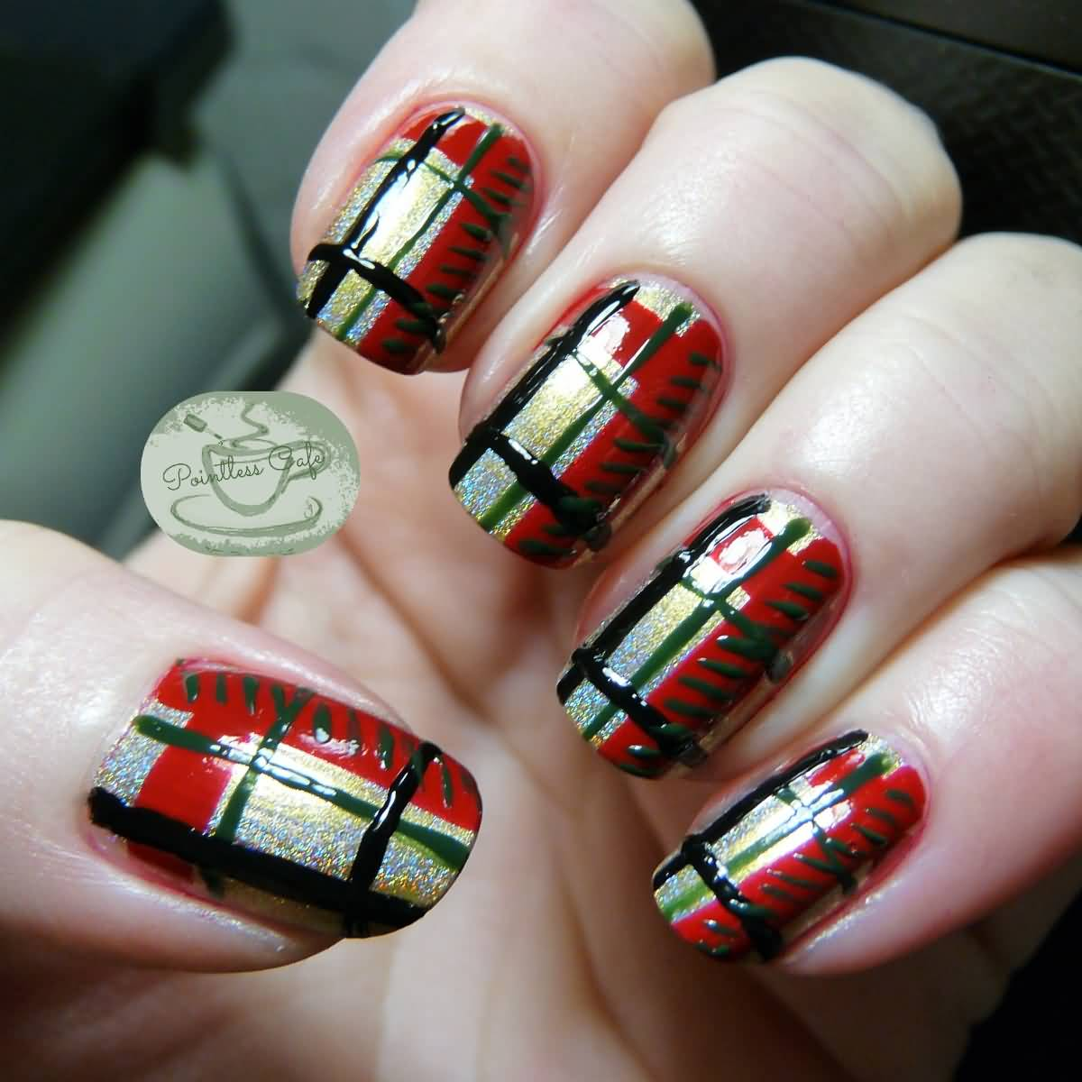 Red And Green Christmas Plaid Nail Art