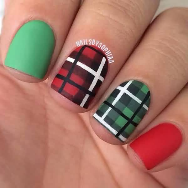 Red And Green Matte Plaid Nail Art