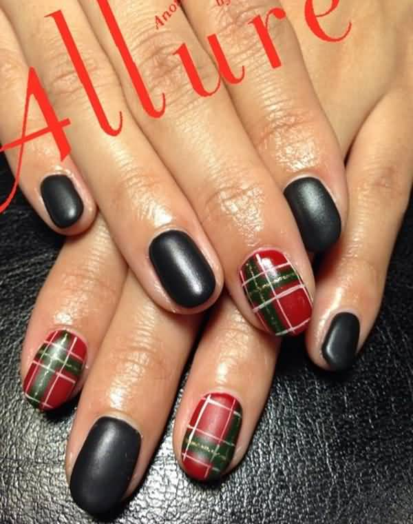 Red And Green Plaid Print Nail Art