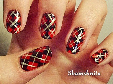 Red Black And Gold Plaid Design Nail Art