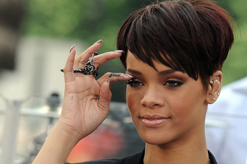 a91de2dfc1973 Rihanna Have Side Finger Shhh Tattoo