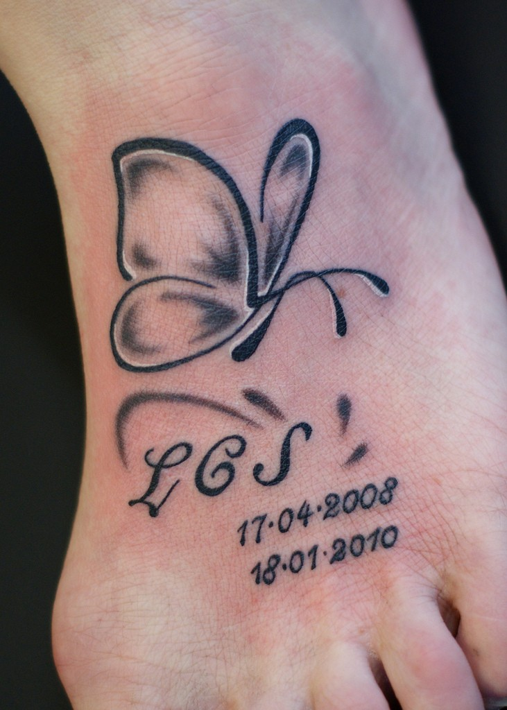 30 simple butterfly tattoos for Butterfly memorial tattoos