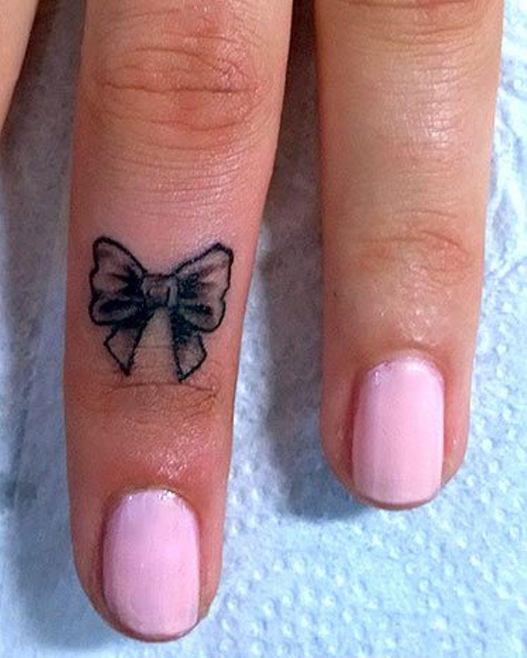 31 girly word finger tattoos. Black Bedroom Furniture Sets. Home Design Ideas